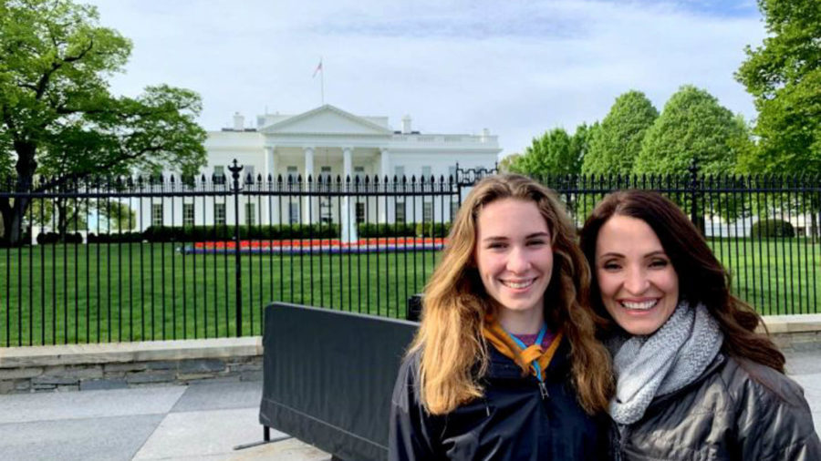 Mother and Daughter in front of the White House